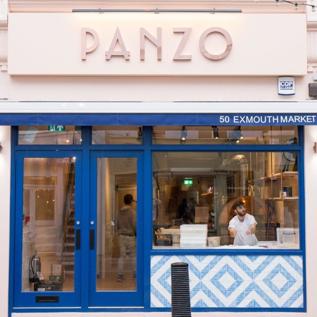 A simple and classic interior full of character and warmth. . Location: Exmouth Market, London . Client: Panzo  . #architecture #design #interiors #interiordesign #plasterwalls #oak #marble #copper #handmadetiles #materials #designideas #designingspaces #restaurant #restaurantdecor #hospitality #hospitalityindustry #hospitalityinteriors #panzo #pizza #exmouthmarket #architects #appliedstudio